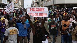 Robert Mugabe destituído do ZANU-PF