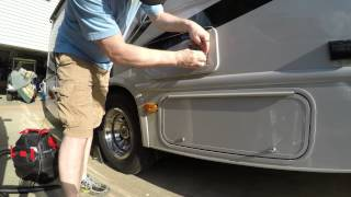 installing-camco-bug-screens-on-the-rv-bought-from-amazon