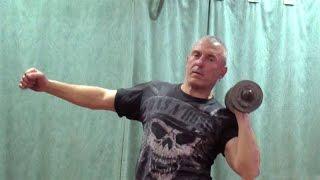 Жим гантели стоя одной рукой: упражнение для плеч(У нас Вы можете заказать индивидуальную (персональную) программу тренировок по интернету: http://atletizm.com.ua/personal..., 2015-04-19T09:34:59.000Z)