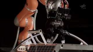 Robotiq 3-Finger Adaptive Gripper with KUKA Robot in DLR DEOS-SIM Project / ROBOTIQ