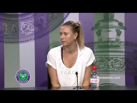Sharapova wins, accused of poor sportsmanship