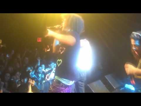 Lil Jon Ft Lmfao-Outta Your Mind(OFFICIAL MUSIC VIDEO)HD