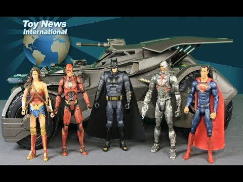 "Justice League Movie 6"" Scale Ultimate R/C Batmobile Vehicle From Mattel Review"
