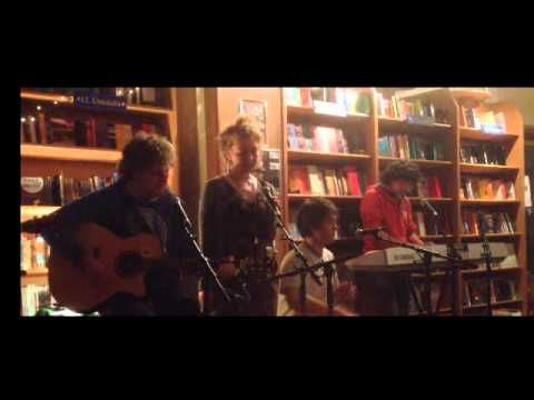 Seo Linn - Kids (MGMT as Gaeilge)