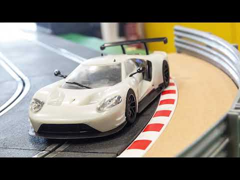 Scalextric | Ford GT GTE – We've received the first sample!