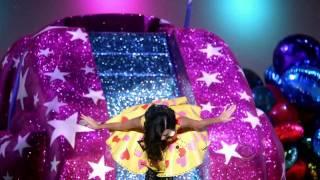 Victoria's Secret Fashion Show 2010 [HD] Part 7/7: PINK and Finale(DOWNLOAD THE REMIX HEERE :D!! http://www.megaupload.com/?d=MX6EFJ2K., 2010-12-02T20:33:36.000Z)