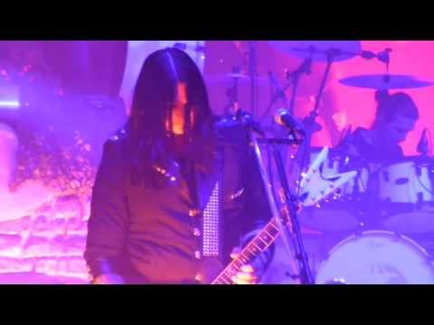 HELLOWEEN | Straight out of hell  Live @ Paris Olympia 08.04.2013