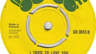 Lloyd Bantam - I tried to love you