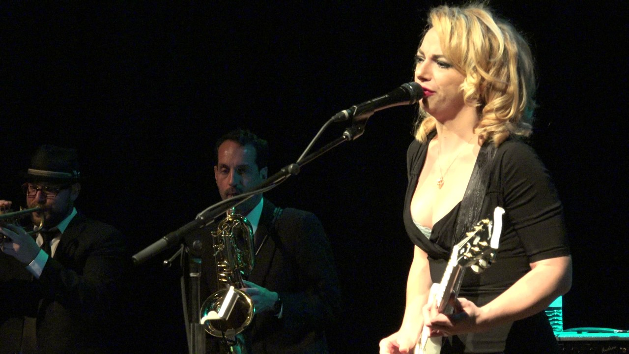 Chills and fever samantha fish sellersville theater pa for Samantha fish chills and fever