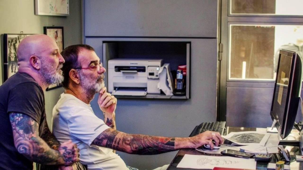 31c19ce9f Una giornata al tattooing demon studio - YouTube