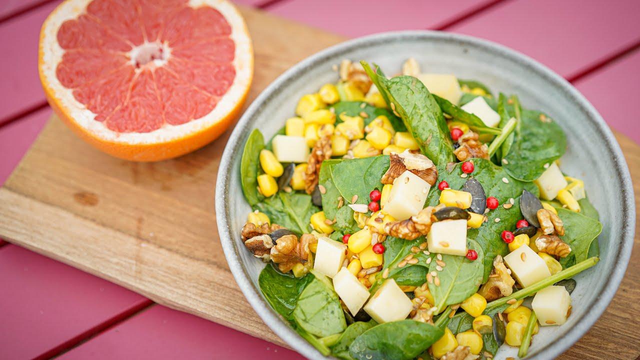 Recette rapide : salade vitaminée (épinards, comté et noix, vinaigrette au pamplemousse)