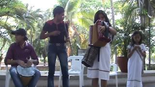 """Yuawika, conjunto vallenato de Pueblo Bello. Canción """"El mejoral"""" en lengua arhuaca"""