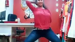 Red top girl dance on goriya chura na Mera jiya