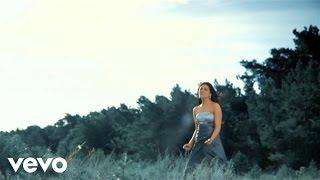 Sarah Kreuz - If One Bird Sings