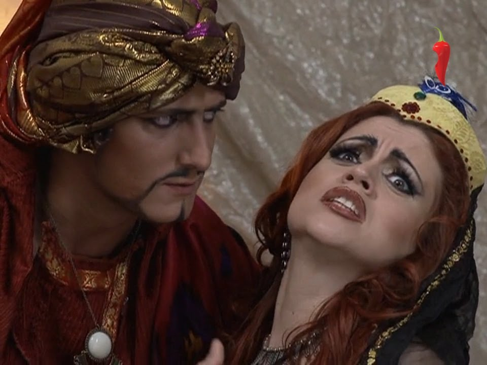 fotografii-golie-smotret-filmi-pro-sultanov-i-garem-sayt