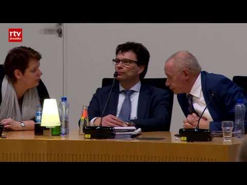 Wethouder Hoogeveen overleeft motie van afkeuring: laatste kans