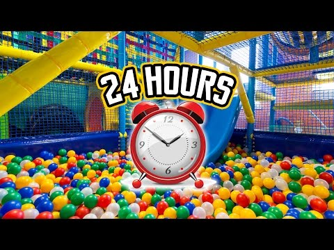 24 HOUR OVERNIGHT in A PLAYPLACE FORT  // LOCKED IN A PLAY PLACE OVERNIGHT