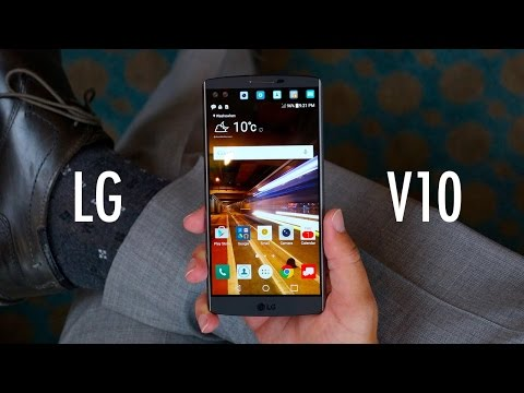 LG V10: Two Screens and a Crazy Camcorder [Hands-On]