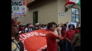 Ingreso del pueblo de Tongod a la Plaza de Armas de Cajamarca. 04-12-12