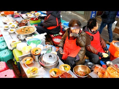 MASSIVE Korean Street Food Tour in BUSAN, SOUTH KOREA- Gukje Market STREET FOOD