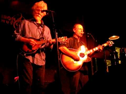 Paul Barrere & Fred Tackett -- Acoustic Little Feat doing Willin'