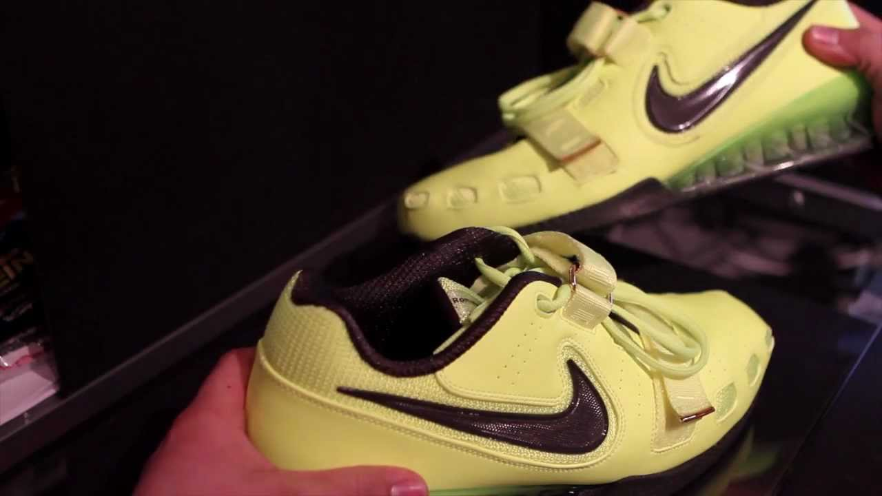 Nike Romaleos 2 Volt Weightlifting Shoe Review   Back Squats - YouTube 34d72c6cd