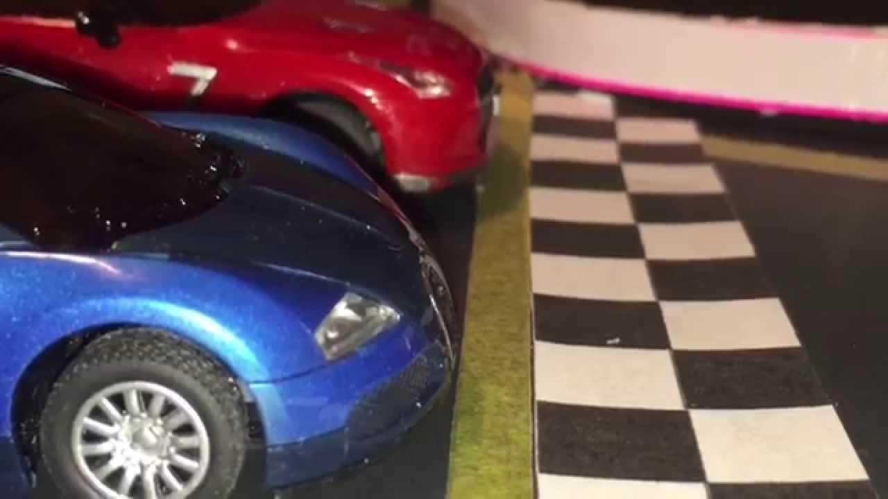 Fast Lane Bugatti Veyron 16.4 vs Nissan GT-R 1:43 Scale ...