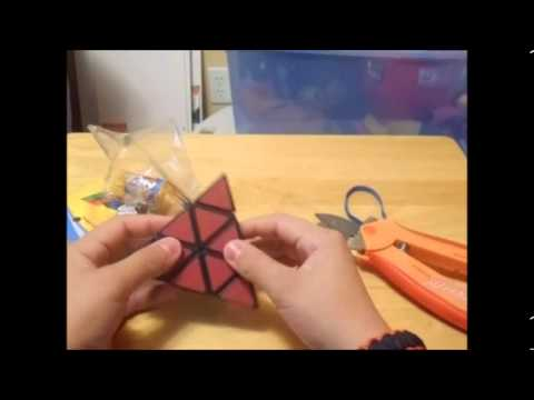 Magic Intellect Cube Pyraminx Unboxing and First Turns