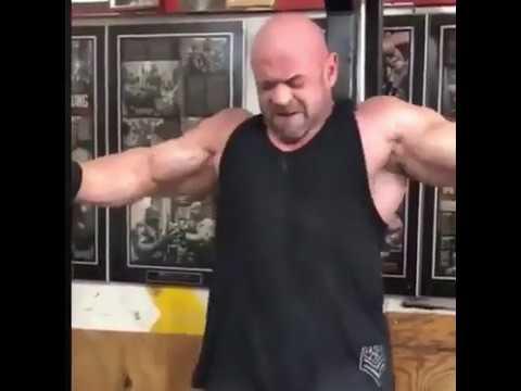 Бренч Уоррен уничтожитель весов, показывает невероятную физическую форму.