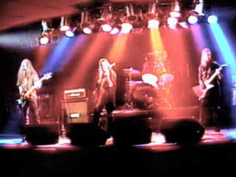 137   Life Of Agony Cover 3 6 1998   River Runs Red