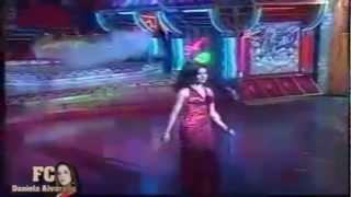 """Daniela Alvarado cantando """" El Ultimo Baile""""  en El Programa Super Club"""
