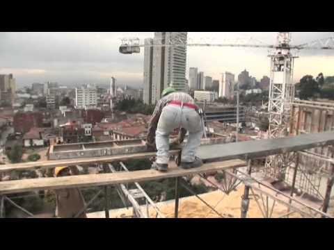 Ingeniería-Estructuras y Soluciones TOPODATA  cover image