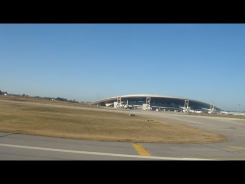 air landing in Montevideo - Pouso aéreo em Montevideo - Carrasco international airport HD