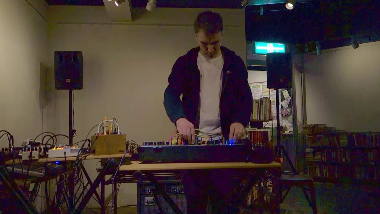 Darren Moore solo modular synth at Flying Teapot, Tokyo