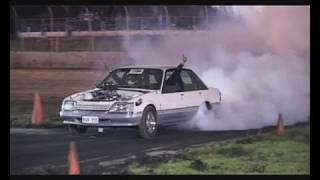Repeat youtube video RVK355 - 355ci VK Commodore Burnout at UBC3