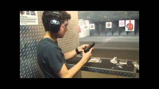 Adolescente atirando com Glock 9mm / FAIL e WIN