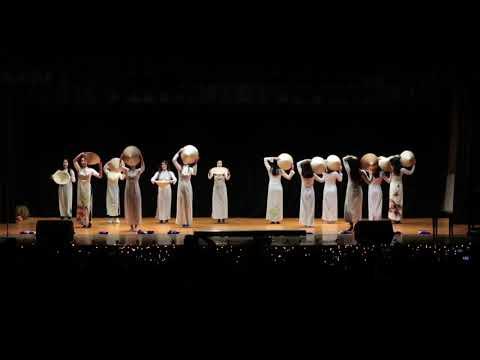 VSA At UVA Tet Show 2019 Girls Traditional