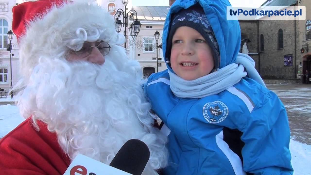 Św. Mikołaj spotkał się z dziećmi na sanockim rynku (FILM ...