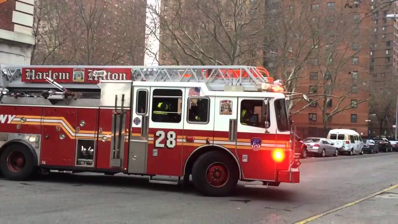 Fdny Ladder 28 Responds To An Mva Youtube
