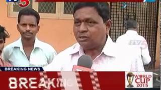 Wine Shops Bandh Against Govt Decision | Vizianagaram : TV5 News