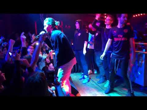 "Young Igi ""Buzi"" (Łódź Live)"