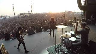 Amazing Crowd To Wolfmothers Woman 2019