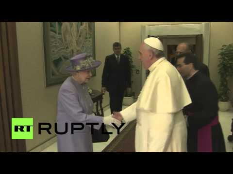Vatican City: Queen Elizeth II visits Pope Francis