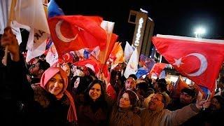 المفوضية الاوروبية تعلق بايجابية على فوز حزب اردوغان بالانتخابات البلدية التركية.