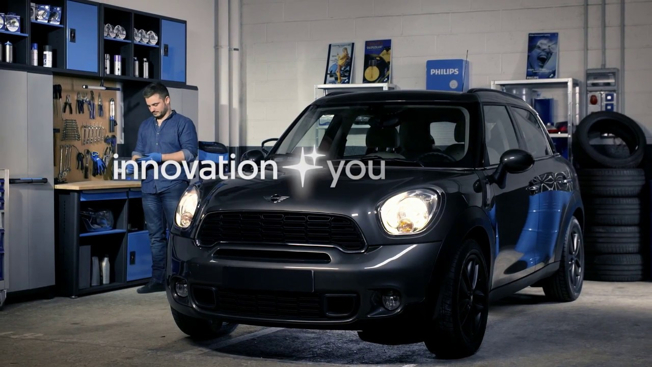 How To Replace Headlight Bulbs On Your Mini Cooper Countryman Youtube