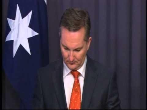 The Treasurer Chris Bowen MP and Senator Penny Wong releasing the Economic Statement Budget Update