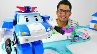 Robocar Poli ve Ambulans Amber. Çocuklar için video