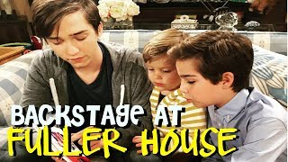 Backstage at Fuller House with the Messitt Twins - Week 4/Episode 4, Season 4