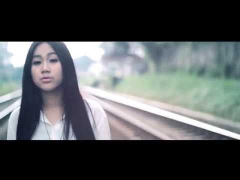 Kau Tinggalkan Aku - Bilanova feat.  Sunday People Project