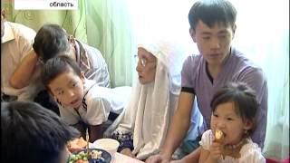 90-летняя казахстанка активно пользуется интернетом(, 2012-08-10T11:46:08.000Z)